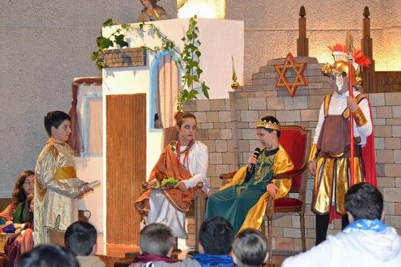 El rey Herodes se mostró molesto ante la noticia de la existencia de otro soberano