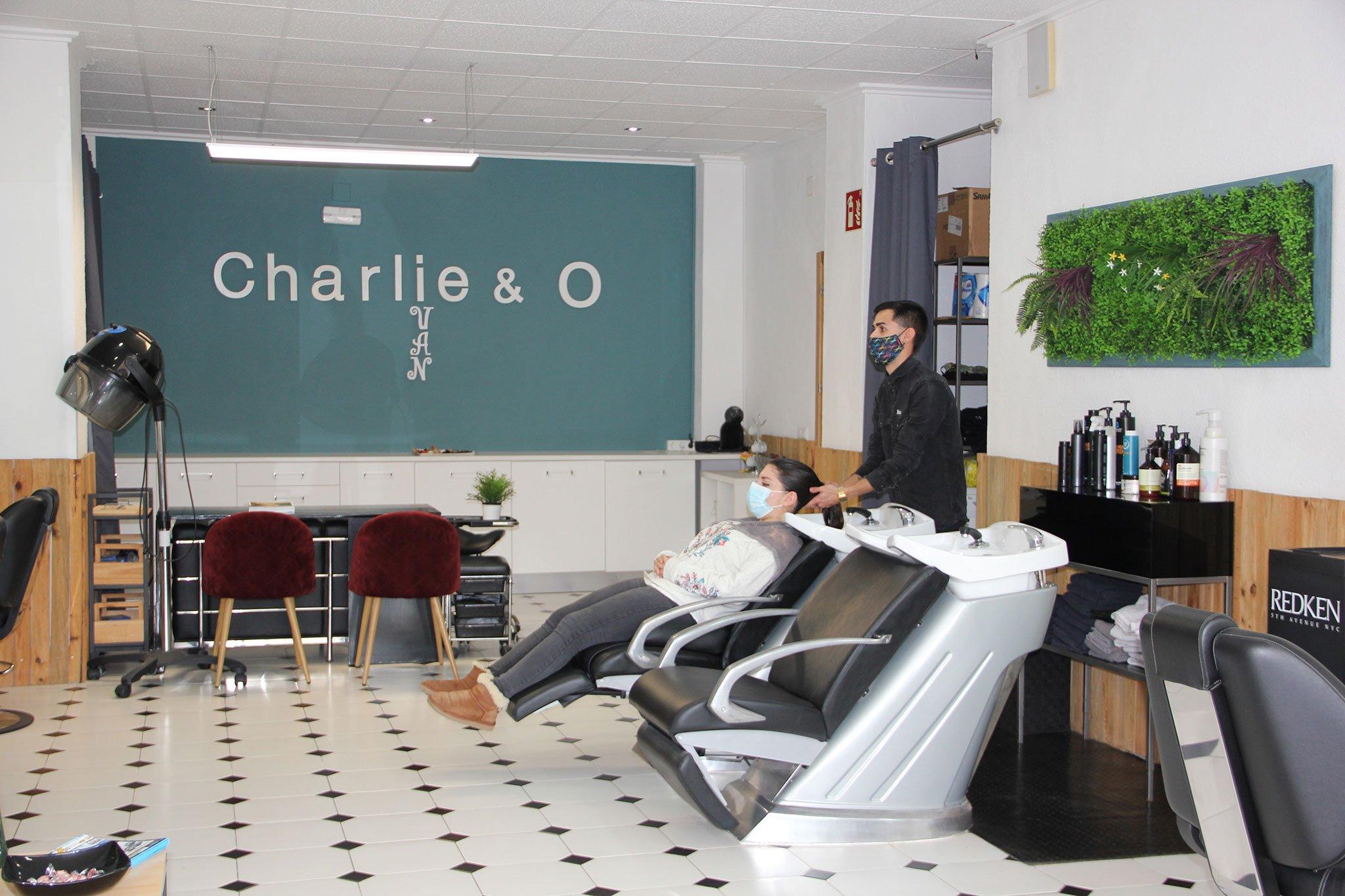 Peluquería en Jávea – Charlie & O