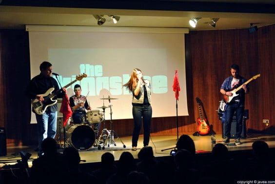 The Kingsbee inauguró el ciclo de conciertos de grupos jóvenes