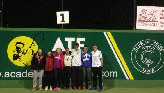 Equipo junior del Club Tenis Jávea