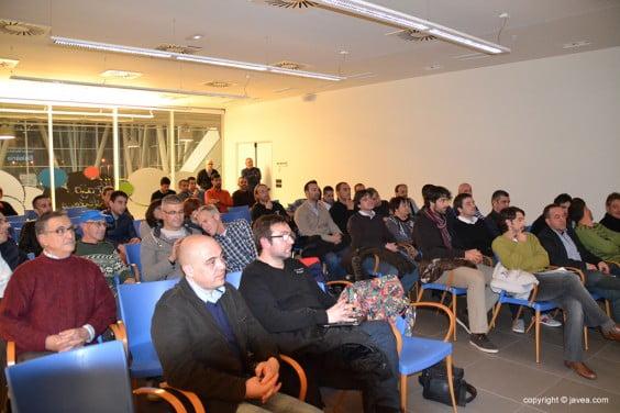Publico asistente a la presentación