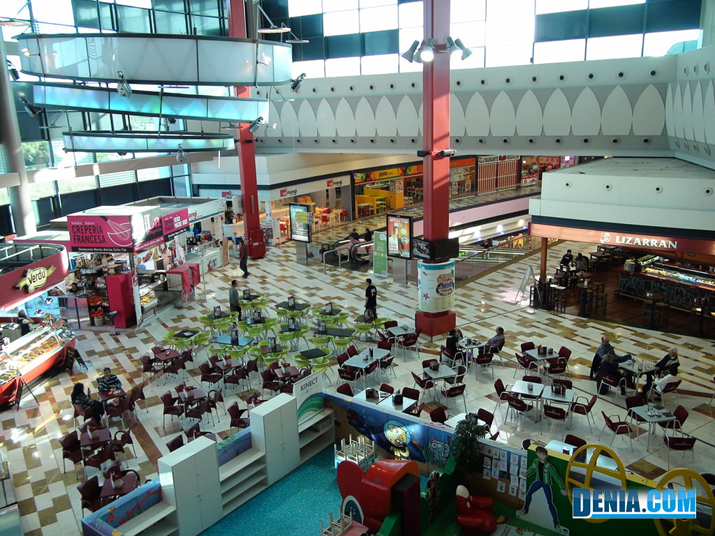 Centro Comercial Portal de la Marina, espacios de restauración y ocio