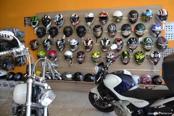 Costa-Blanca-Moto-Store-Cascos-Shark