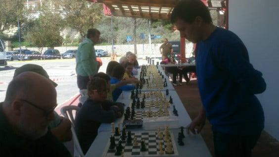 Partidas simultaneas de ajedrez del Mig Any de Festes en Xàbia