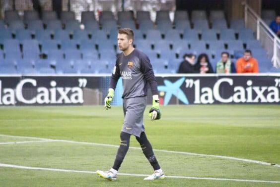 Adrián Ortolá con la camiseta del Barcelona B