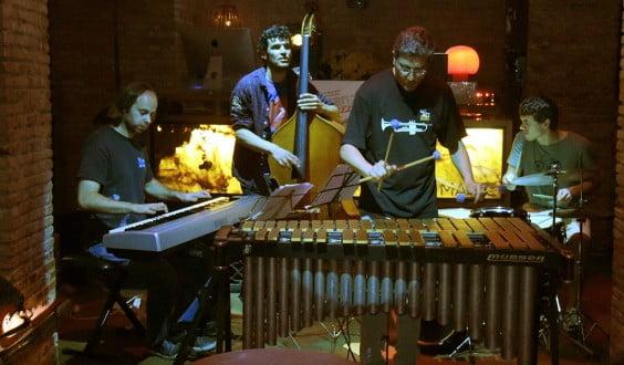 Arturo Serra en una de sus actuaciones