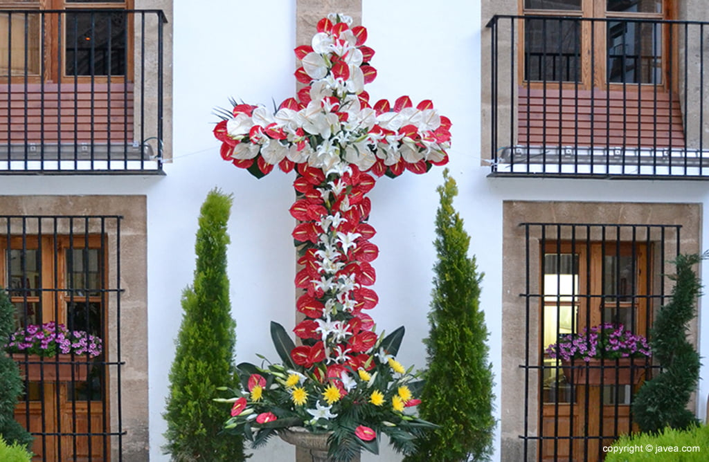Cruz de la plaza del Ayuntamiento de Jávea