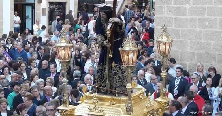 Imagen de Jesús Nazareno tras la salida de la iglesia