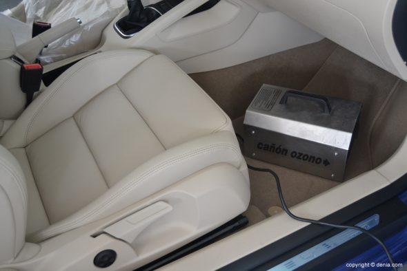 Limpieza-de-olores-en-vehículos-con-ozono