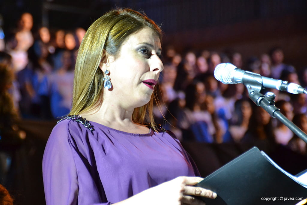 María Maciá, soprano