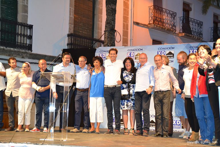 Óscar Antón con sus candidatos