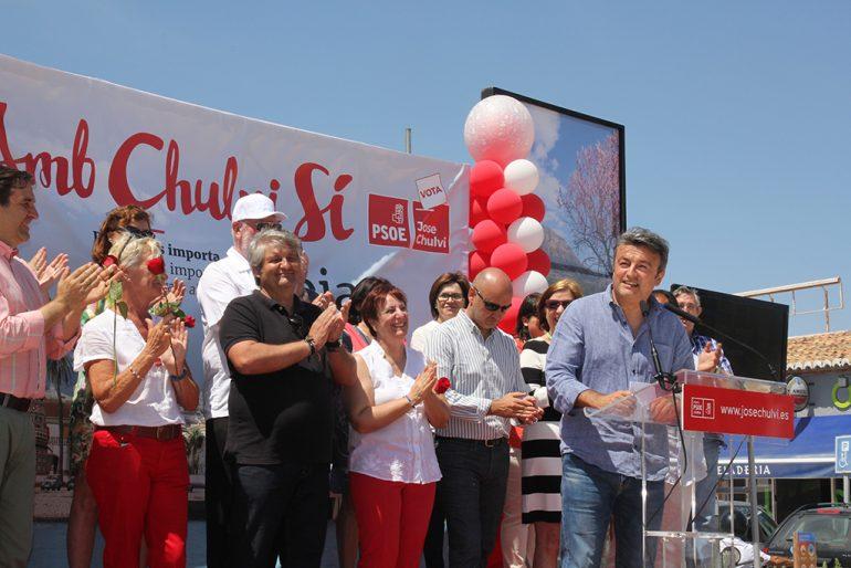 José Chulvi en el miting del Arenal