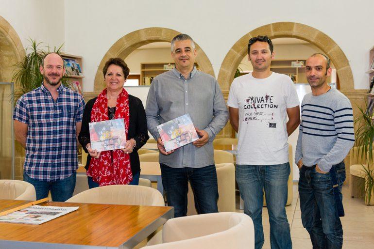 Miembros de la AXF en la presentación del anuario 2014