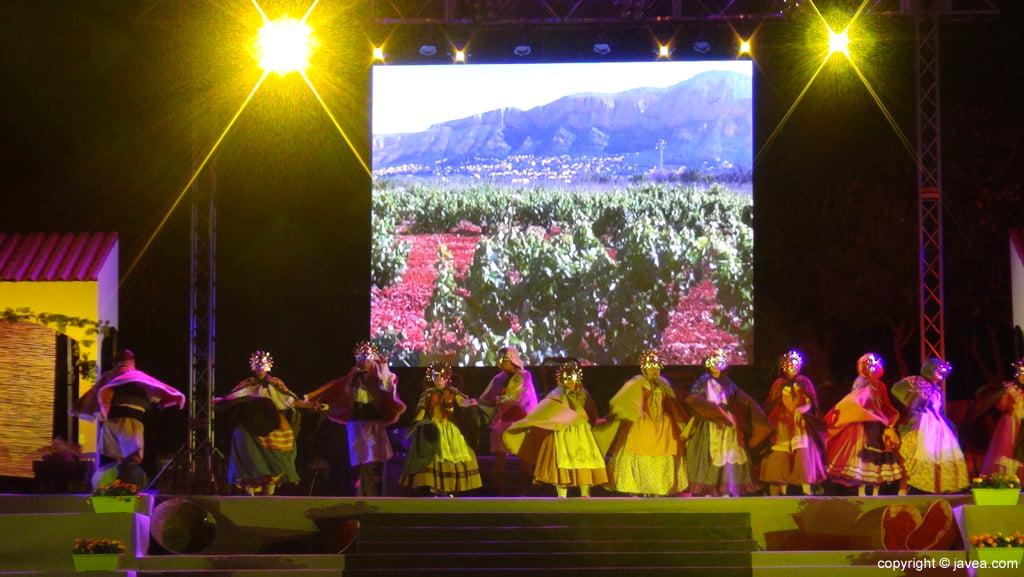 Proclamación Fogueres Xàbia 2015 – grupo de danzas