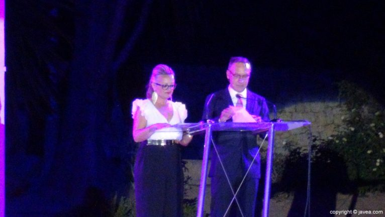 Proclamación Fogueres Xàbia 2015 - presentadores