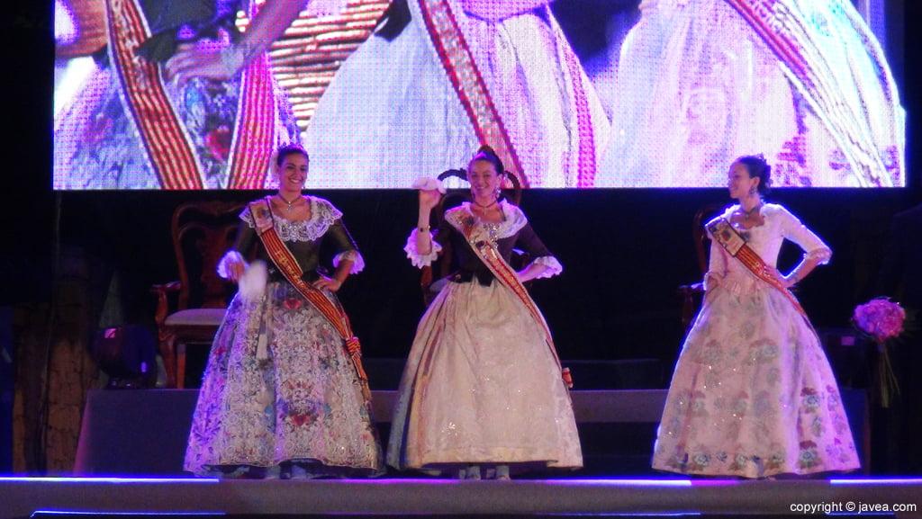 Proclamación Fogueres Xàbia 2015 – Reina y Damas 2014