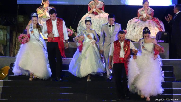 Proclamación Fogueres Xàbia 2015 - Representantes de las fiestas de Ondara