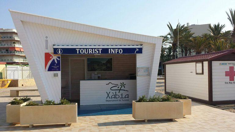 Punto de Tourist Info del Paseo Tenista David Ferrer.