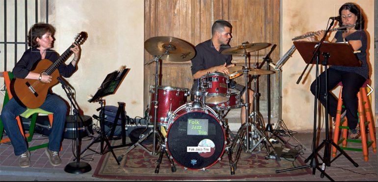 Grupo Folk Jazz Trio