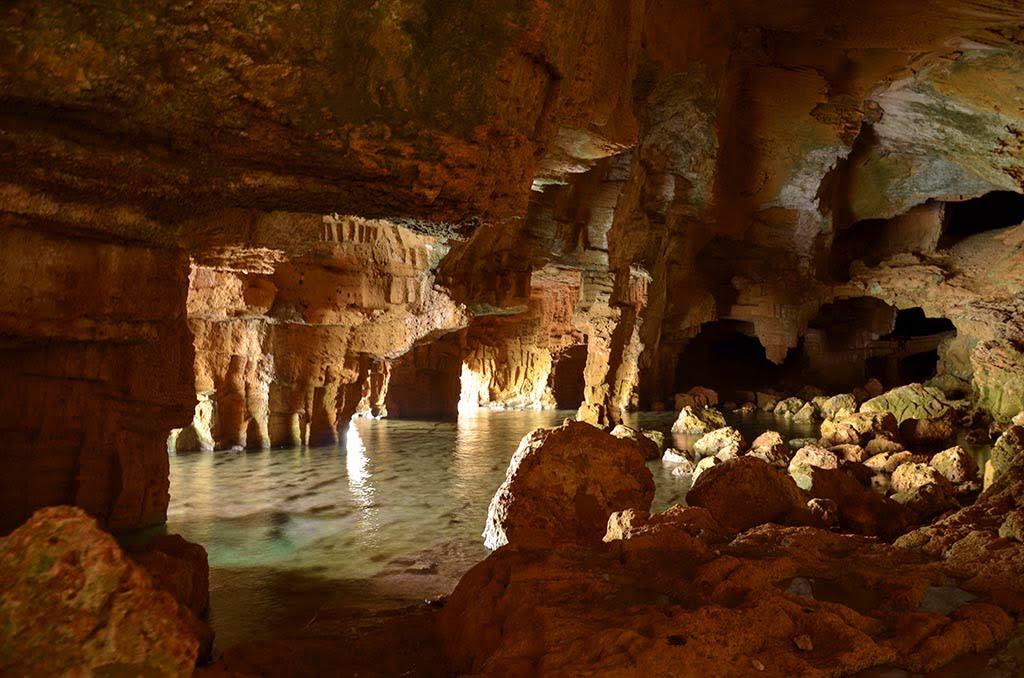 Interior Cova Tallada - Jávea.com   Xàbia.com