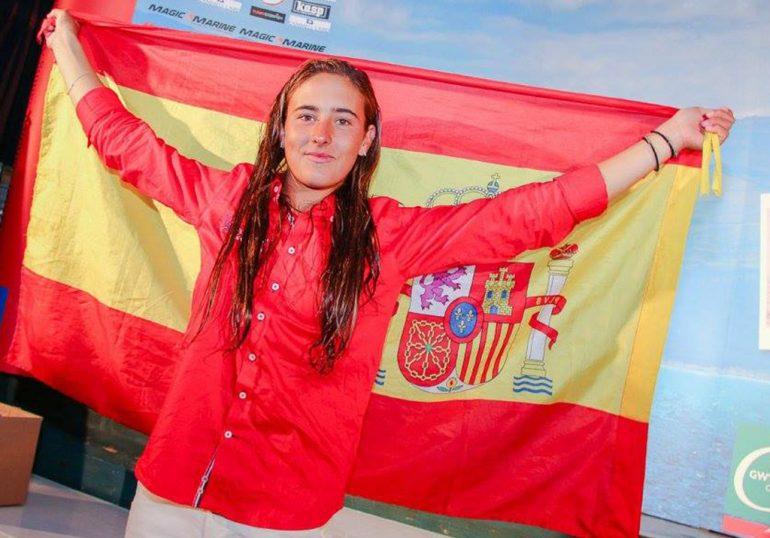 Julia Miñana tras conseguir el título de campeona de Europa