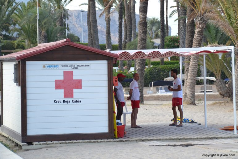 Puesto Cruz Roja Playa Arenal