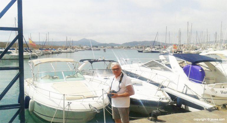Vicent Domenech en el puerto de Xàbia