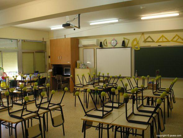 Aulas de un colegio de Xàbia