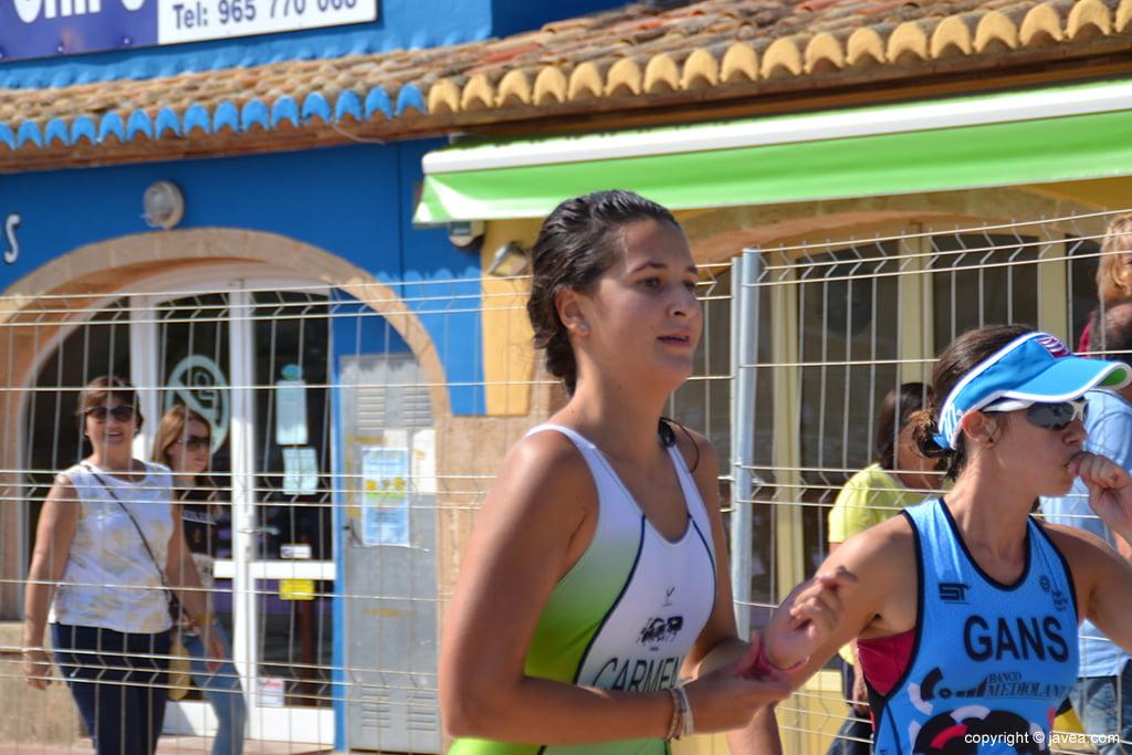 Carmen Bolufer corriendo