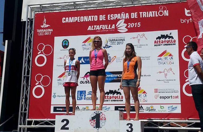 Cristina Roselló en lo más alto del podio