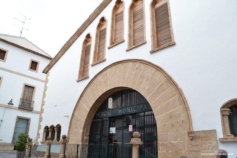 Entrada al Mercado de Jávea