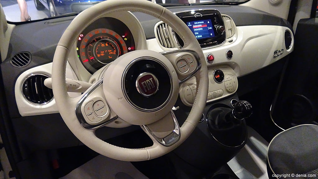 Interior Nuevo Fiat 500 J X