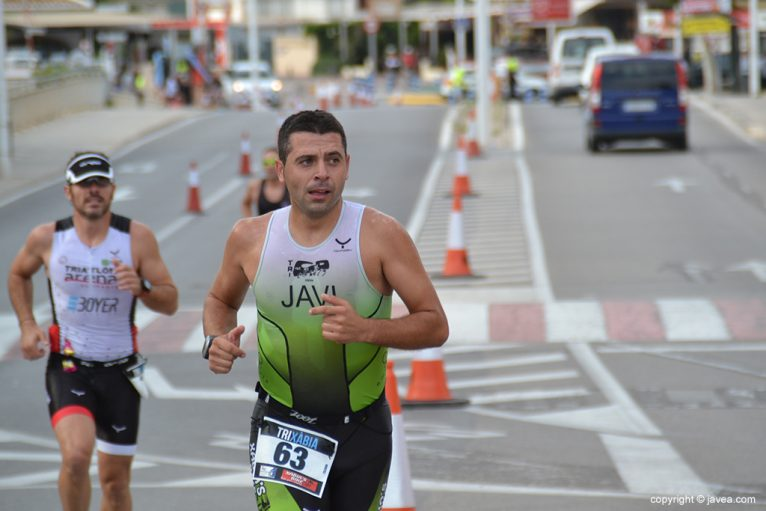 Javi Segarra corriendo