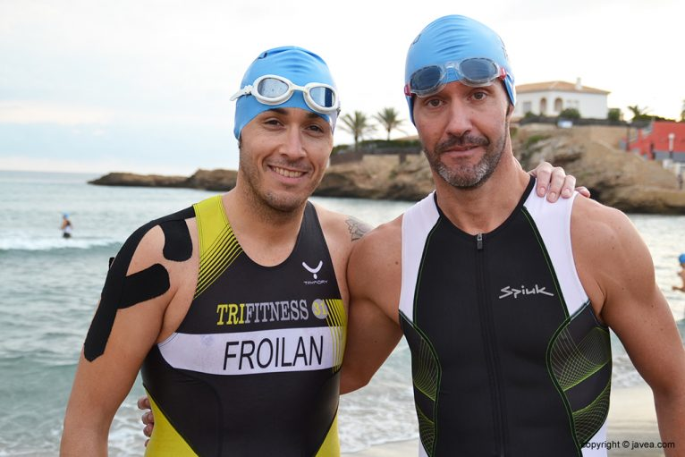 Víctor Froilan con un buen amigo