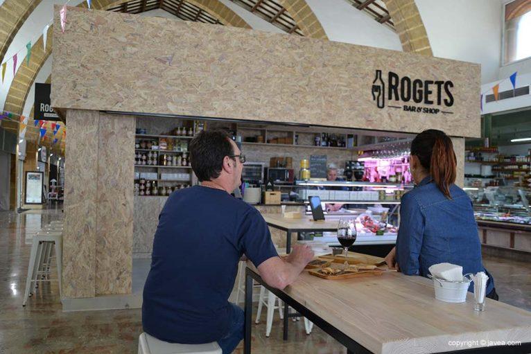Rogets-Bar & Shop