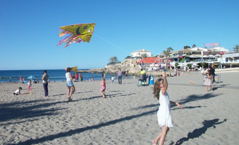 Actividades de juegos en la playa del Arenal