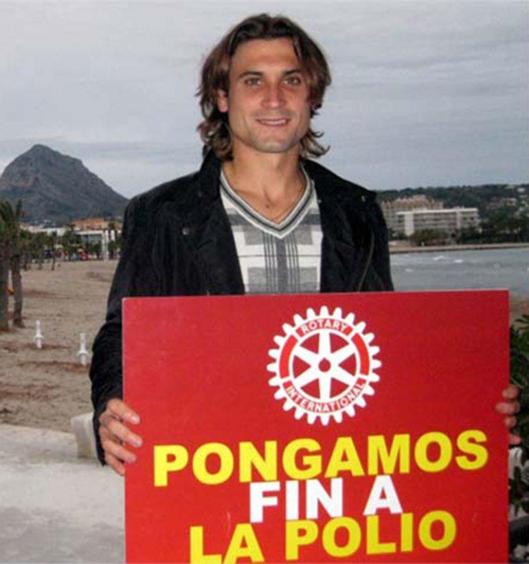 David Ferrer apoyando la campaña contra la polio (2)