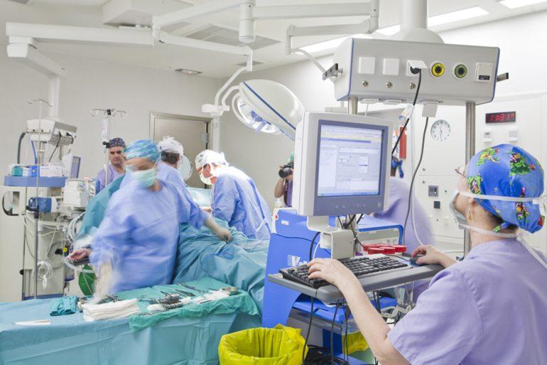 Uno de los quirófanos del Hospital de Dénia