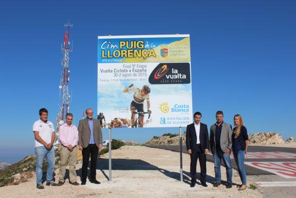 Cartel conmemorativo del final de la etapa de la Vuelta Ciclista a España