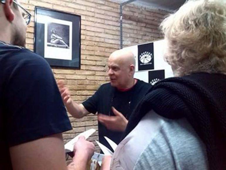 Miguel David en una de sus conferencias