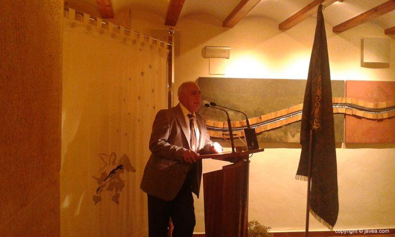 Luis Bas agradeciendo su homenaje