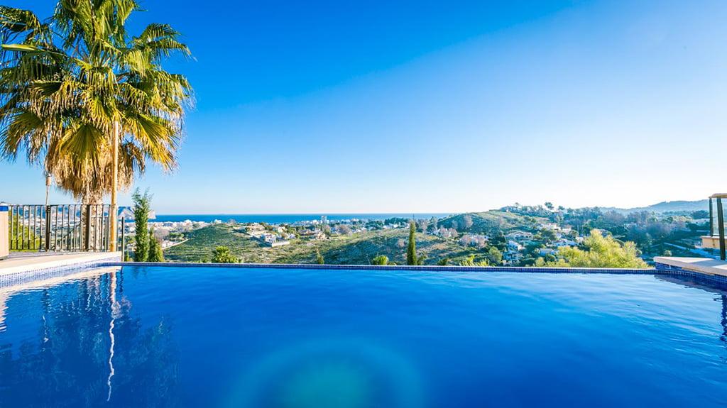 Prachtig buitenhuis Atina Real Estate