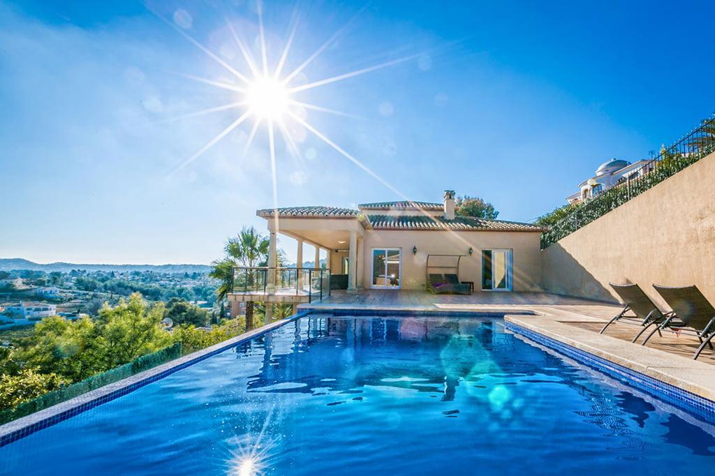 Zwembadobject Atina Real Estate