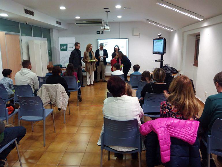 Entrega del premio concurso de dibujo Derechos Humanos en Xàbia
