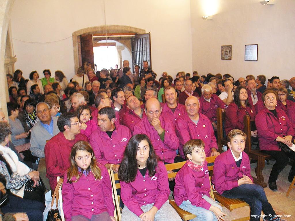 Mayorales in der Kapelle