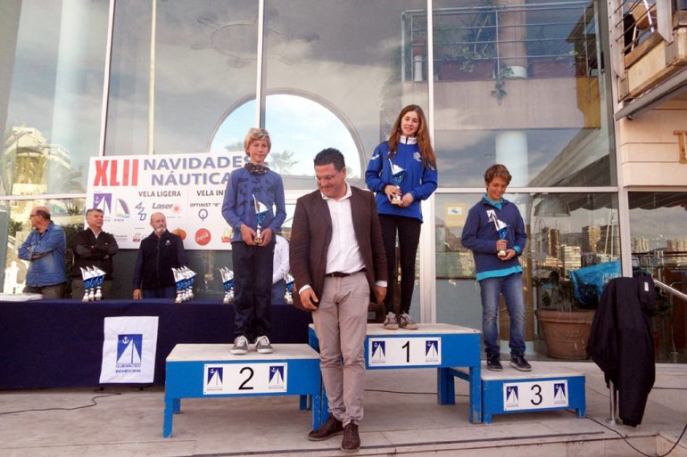 Luis Simó en el podio