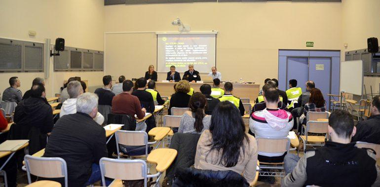 Policías locales asistentes al curso
