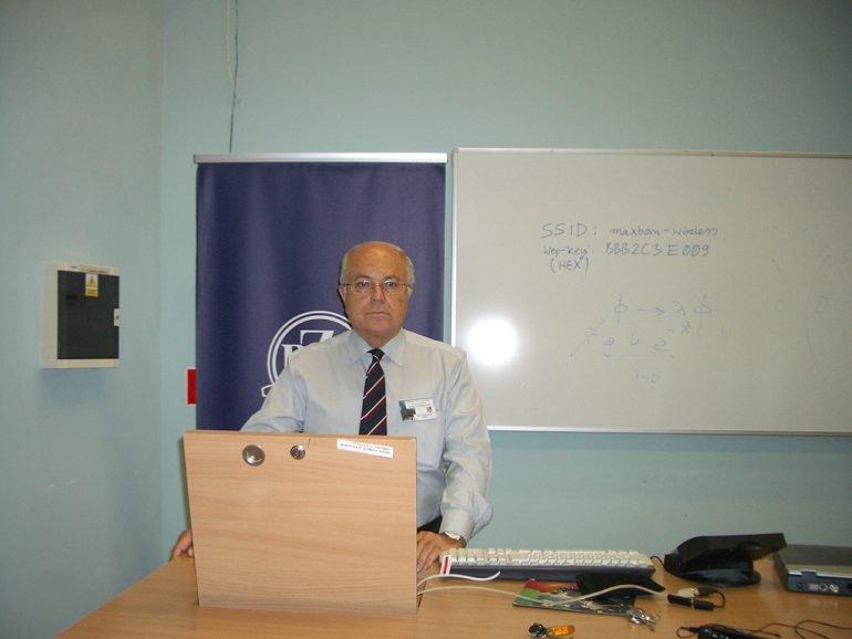 Profesor José Adolfo de Azcárraga