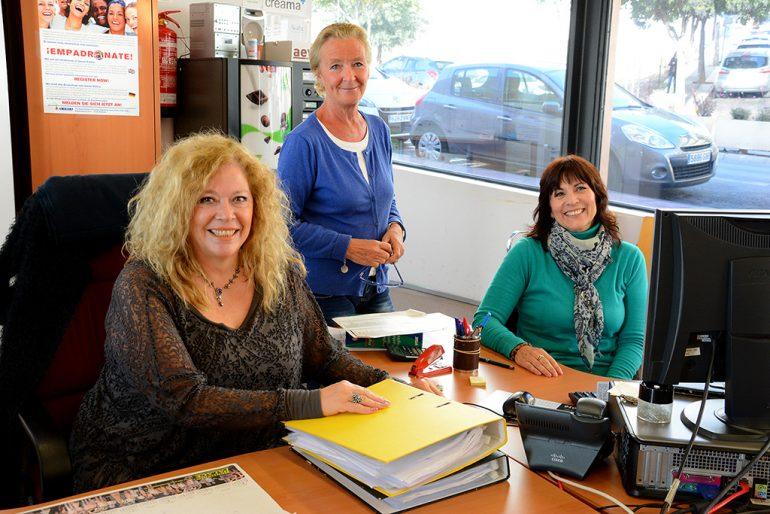 Doris Courcelles en el Help Desk de Xàbia