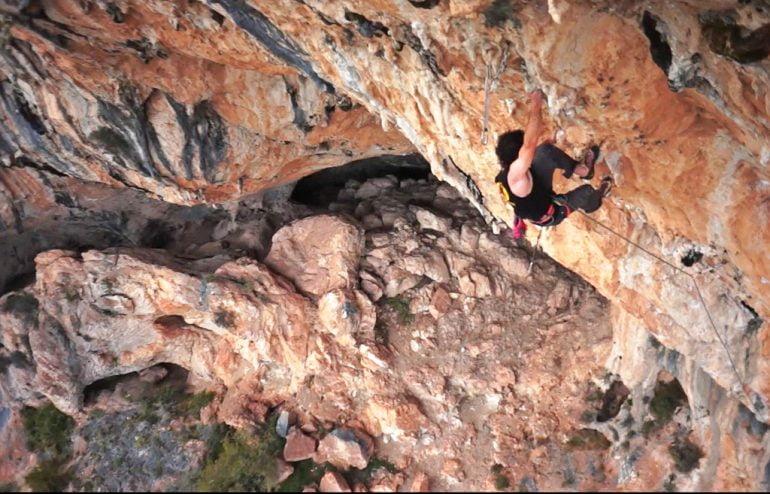 Escalador en el Montgó